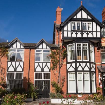 Bryn Woodlands House