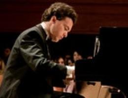 Evgeny Kissin Plays Beethoven