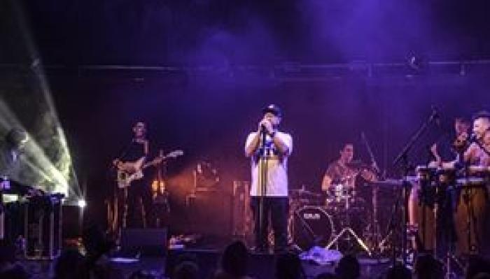 Smoove & Turrell Stratos Bleu Tour