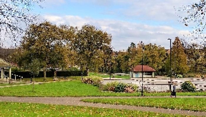 Alice in Wonderland - Titchfield Park